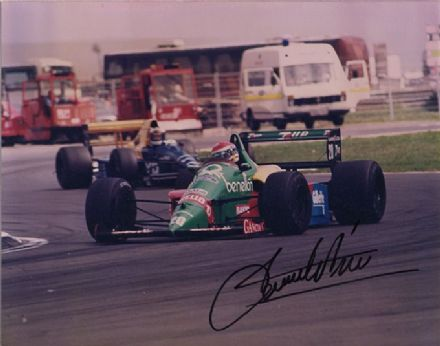 Emanuele Pirro, Benetton F1, signed 6x5 inch photo.